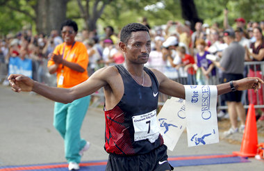 Belete Assefa wins the men's division in the 33rd annual Crescent City Classic in New Orleans
