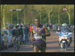 Ethiopians dominate in Paris Marathon