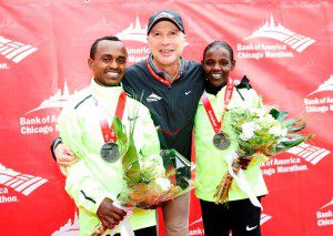 Ethiopians Wins the 2012 Chicago Marathon on Men's and Women's Race ( Video)