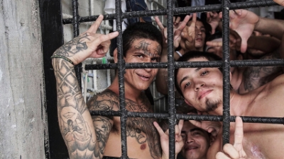 This Week On The Line: Danny Gold Discusses El Salvador's War on Gangs