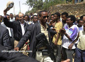 Meles Zenawi escorted after casting his ballot in the northern Ethiopian town of Adwa