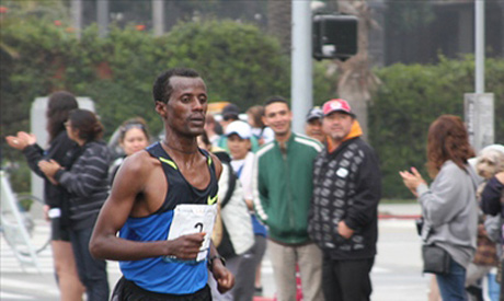 Tariku Jufar won the huston men's marathon