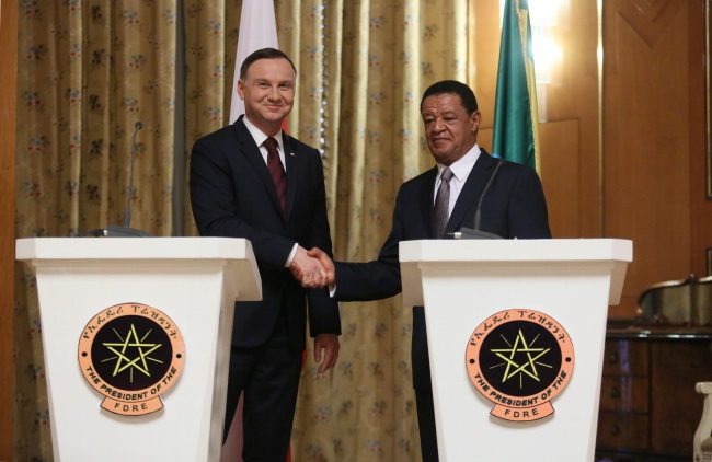 Andrzej Duda (left) and Mulatu Teshome at the presidential palace in Addis Ababa. Photo: PAP/Leszek Szymański