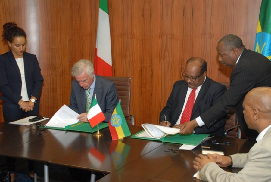 Ethiopia-Italy-ink-loan-accord